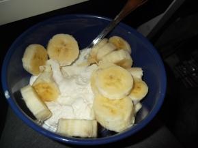 Freeze! Making my own frozen yoghurt:D