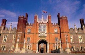 Hampton-Court-Palace-iconic