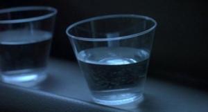 jurassic-park-cup-water-trex
