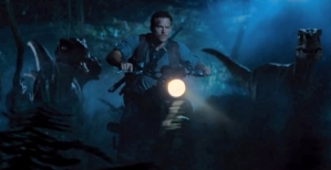Jurassic-World-Raptor-Bike-Chase