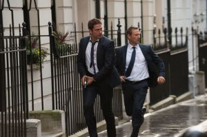 gallery-1446745637-movies-london-has-fallen-gerard-butler-aaron-eckhart